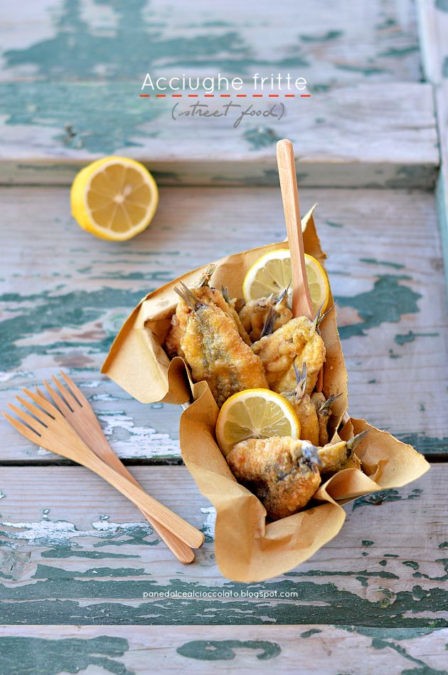 Acciughe Fritte or Fried anchovies - http://panedolcealcioccolato.blogspot.com/2014/06/