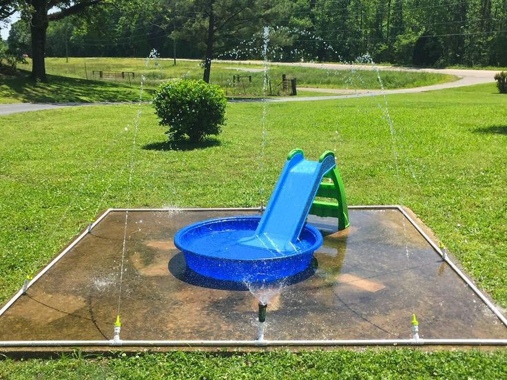 $40 DIY Splash Pad! little white house blog: Our DIY Splash Pad!