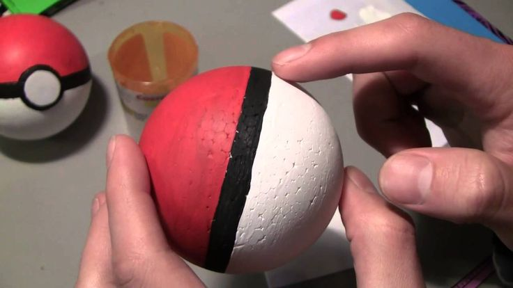 DIY Pokeballs - SO EASY I JUST WANNA DIE AND I'M PRETTY MUCH QUESTIONING MYSELF WHY THE F DID I NEVER MAKE THIS AS A KID