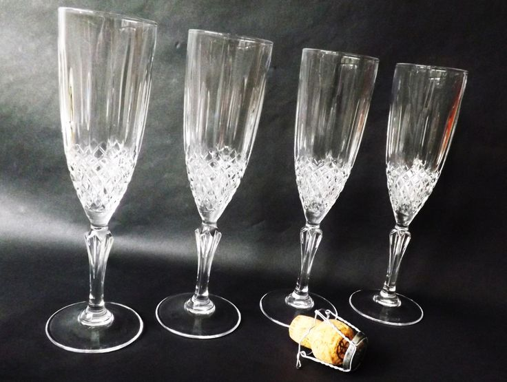 Set 4 Champagne Flutes, Vintage Molded Crystal Stemware, Prosecco Wine Glasses, White Sparkling Wine Glass, Cava, Barware by CuriosAnCollectibles on Etsy