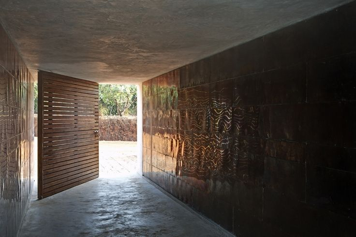 Think Tank Retreat by RMA Architects | Valpoi, Goa |
