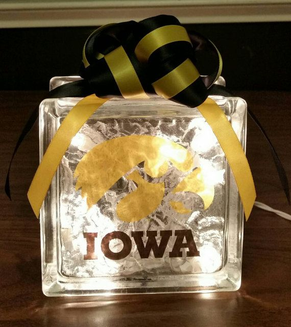 39 best hawkeye diy images on pinterest iowa hawkeyes for Iowa hawkeye decor