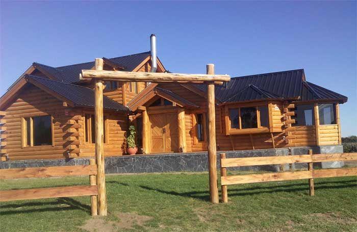 Construcciones en troncos macizos. Viviendas familiares de gran calidad. Mas informacion en casadetroncos.com