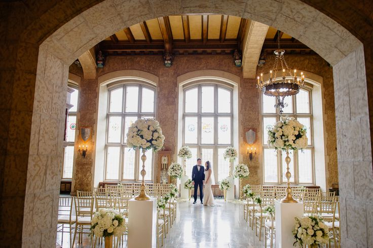Luxe Mountain Wedding. First Look