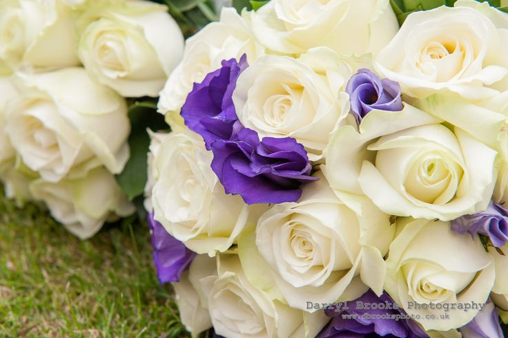 Bridesmaid bouquet, avalanche roses and lisianthus.
