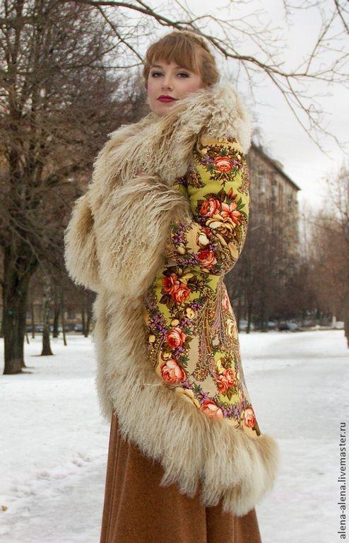 """Купить Зимнее пальто """"Машенька и медведи"""". - разноцветный, цветочный, павловопосадский платок, натуральный мех"""