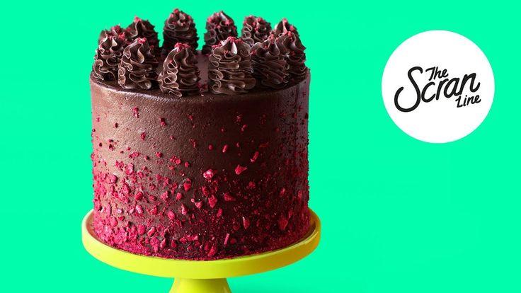 VEGAN CHOCOLATE RASPBERRY CAKE + VEGAN FROSTING - The Scran Line