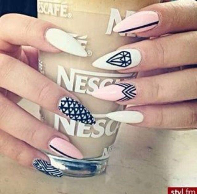 #Diamond #White #Pink #Black #Stripe #Aztec