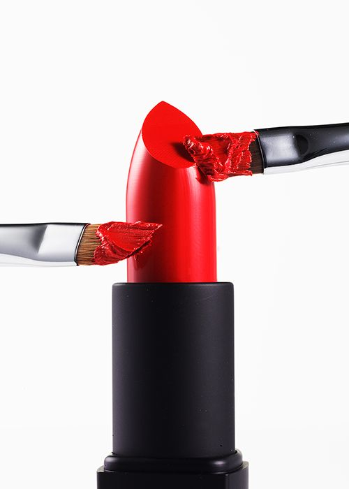 How to Apply A Classic Red Lipstick Like A Pro