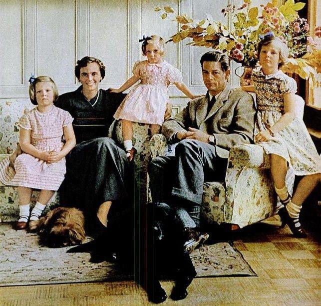 RoyalDish - Romanian Royal Family News & Photos - page 1