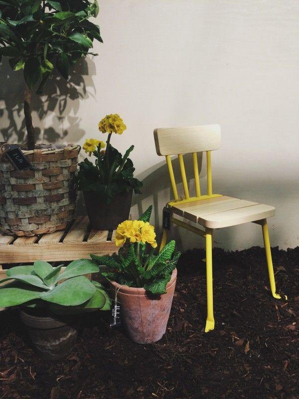 Nola @ Nordiska Trädgårdar Bollnäs stol, design Thomas bernstrand för Nola.  För fler stolar, planderingskärl, blomkrukor och möbler för offentlig miljö besök www.nola.se. #Noladesign #designchairs #chair
