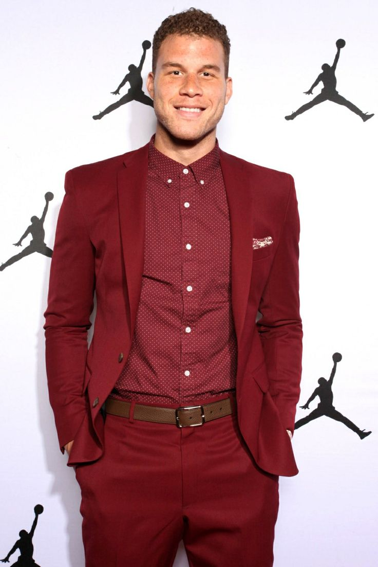 Basketball Culture : Blake Griffin showing off his style