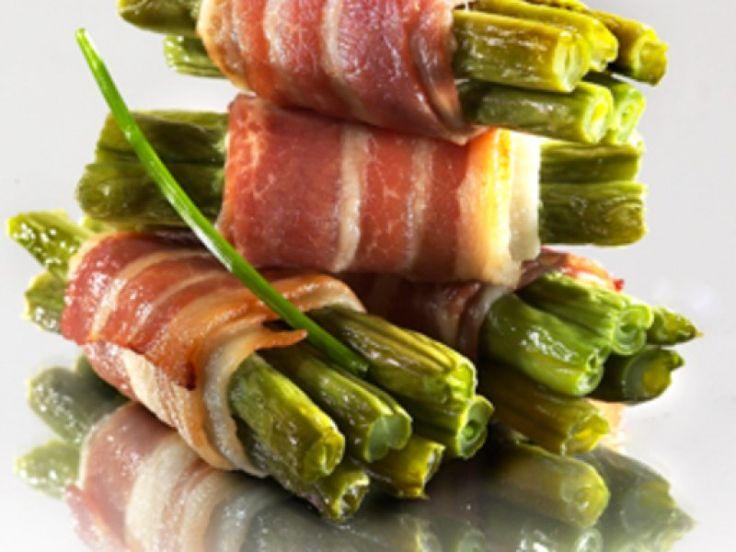 haricot vert, cube de bouillon, lard fumé, ail, Poivre, Sel, matière grasse