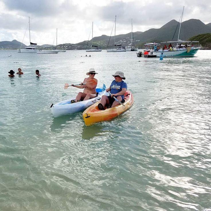 Kilpikonnien spottailu kajakin kyydistä oli pari viikkoa sitten Karibian loman huippuhetkiä.  #StMaarten #sintmaarten #stmartin #kayaking #kajakki #kajakointi #karibia #caribbean #travel #matkalla #reissu #vacation #loma #OptOutside #outdoors #ulkoilu #melonta #wanderlust #seikkailijattaret #expatwomen (via Instagram)