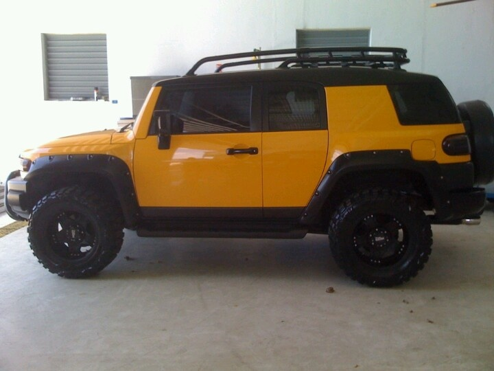 Lifted Jeeps For Sale >> Dream Vehicle: Yellow FJ Cruiser, Lifted | Toyota ...