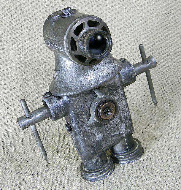 DIVER - Robot Assemblage Sculpture Reclaim2Fame by Reclaim2Fame, via Flickr