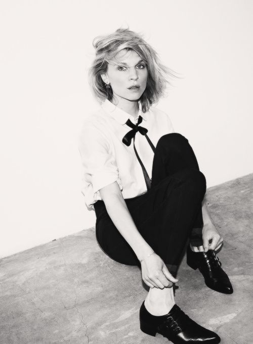 Girl meets boy.  Clemence Poesy looks great in this masculine inspired outfit | modeandmaison.wordpress.com