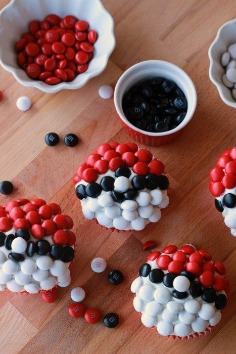 Have your kids been busy playing Pokemon Go!? Here are some kid friendly Pokemon crafts and snacks to keep them fueled for playing and busy indoors!