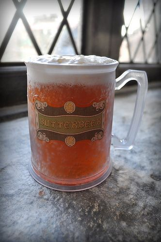 Make-at-home Butterbeer recipes [ Alcoholic & Non Alcoholic]