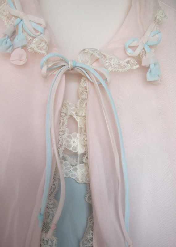 50s Saks Fifth Avenue Bed Jacket - Fine Vintage Lingerie
