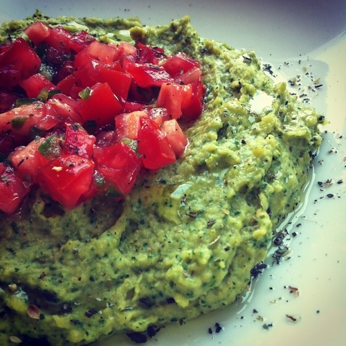 Spinach Hummus With Jalepeno Salsa