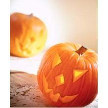 Lag en gresskarlykt til Halloween   TINE.no