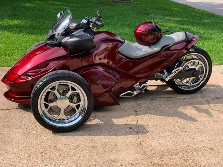 Pin By Mr A On Can Am Spyder Motorcycle Sidecar Trike Motorcycle Can Am Spyder