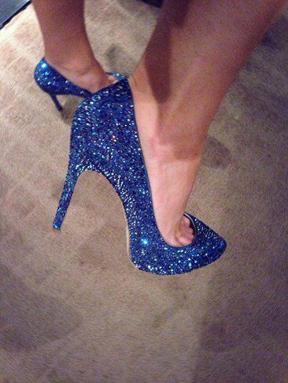 Love a royal blue shoe