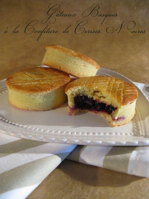 J'en reprendrai bien un bout...: Gâteaux Basques à la Confiture de Cerises Noires