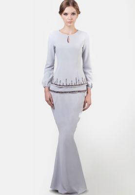 Long-sleeve dress: Jovian by Jovian Mandagie Jovian RTW Aidilfitri Juliette