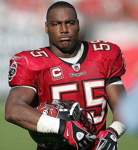 Mr. Derrick Brooks, former linebacker. One of the all time great Bucs.