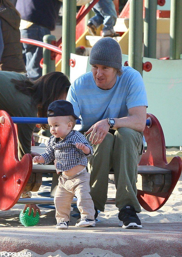 Owen Wilson and son Robert Wilson visited an LA park in December 2011.   #celebrities #celebrity dads