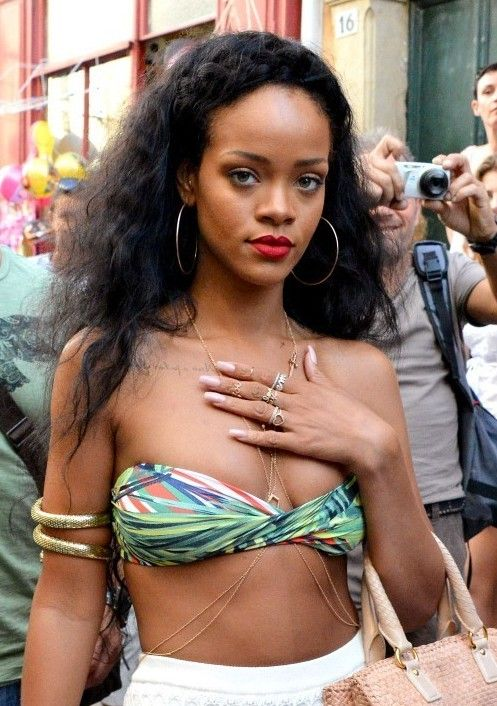 Rihanna Hairstyles 2012: Long Black Curly Hairstyle for Summer