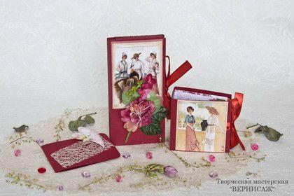 Набор `Весна винтажная` с шоколадом и чаем. Шоколадница- это необычный упаковочный конверт для подарка шоколада. В такой одежде одна из самых любимых сладостей выглядит оригинально.    В дополнение к шоколаднице идет мини-альбом для чайных пакетиков и мини-открытка.