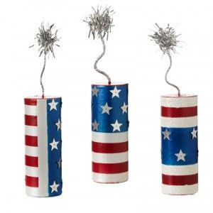 Firecracker decorations tutorial using Pringles cans and drink cans for Memorial Day or 4th of July.