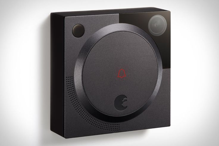 Its sibling can already control your lock. So it only makes sense to let the August Doorbell Cam see who's at the door. Like the aforementioned lock, the cam was designed by Yves Behar, and integrates a one-way, 140-degree HD...