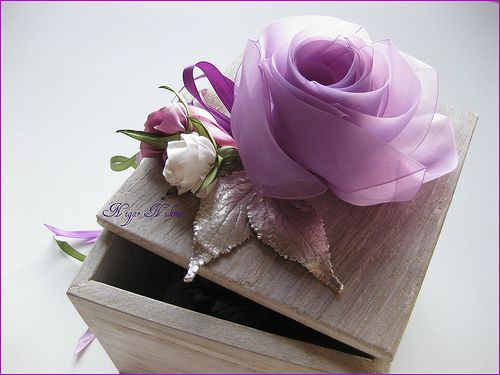 lila güllü tesbih kutusu