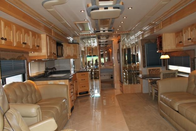 luxurious motorhomes interior 2010 american coach american eagle luxury rv camping. Black Bedroom Furniture Sets. Home Design Ideas