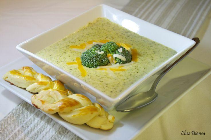 Sopa de brócolis com cheddar « chezbianca