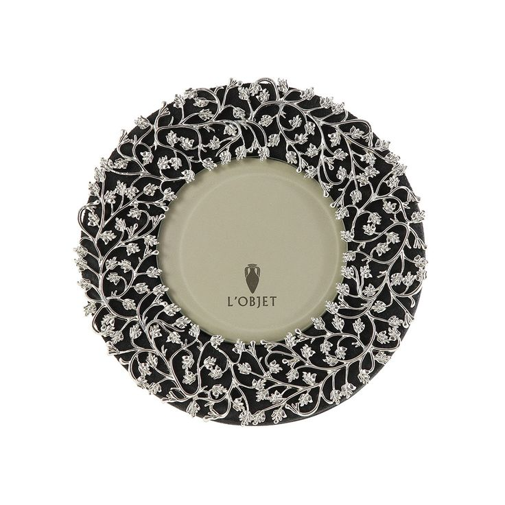 Discover the lobjet lorel round frame platinum