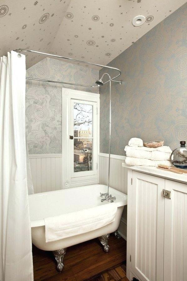 Tub In Small Bathroom Interior Com Decent Nice 9 Clawfoot Beautiful Duo Clawfoot Tub