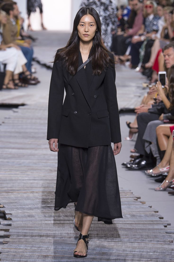 Michael Kors Collection Spring 2018 Ready-to-Wear Collection Photos - Vogue