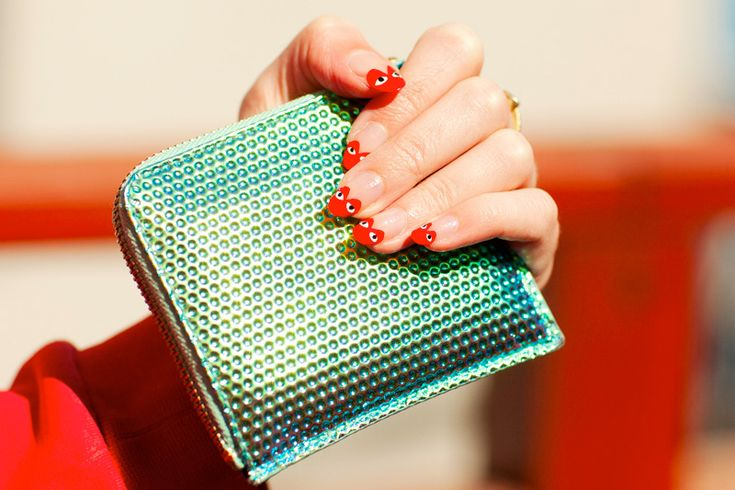 Comme des Garcons nails, pictures via Elizabeth Monson