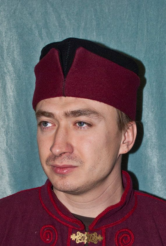 Medieval men's woolen hat for 14th-15th by InspirationAtelie