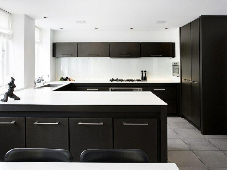 Kök kök med : Svart kök med vita bänkskivor | Kök och Matplats | Pinterest