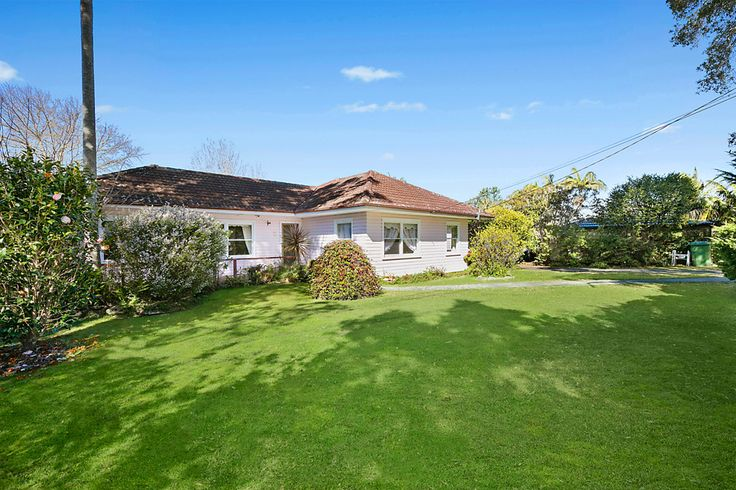 1 Awatea Road, St Ives NSW 2075 - House For Sale - guide 1,6 million 1500 sq m land