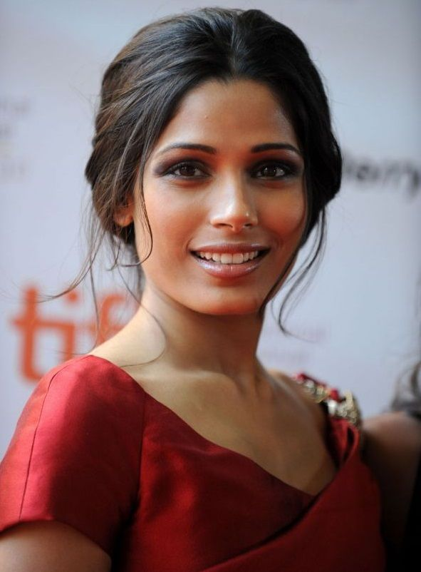 Elsa (Freida Pinto), 27 years old. Adopted from India and has been raised in Norway, Elsa is now working as an art teacher. Secretly she paints pictures of her own Pokémon - a Froakie.                                                                                                                                                      More