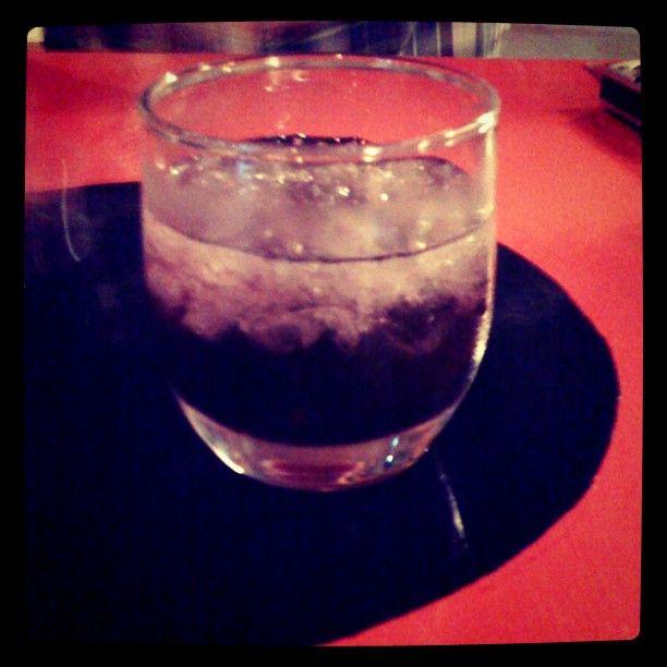 Sami @SamiTnrkt   Gelincik serbeti ve votka mikemmel ikili #bozcaada #adacafe @ ada cafe