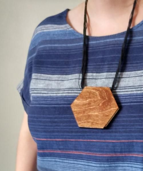 Hexagon Wood Statement Necklace Kit available at https://www.craftier.ca/products/hexigon-wood-statement-necklace-kit