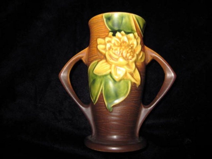Dating roseville pottery
